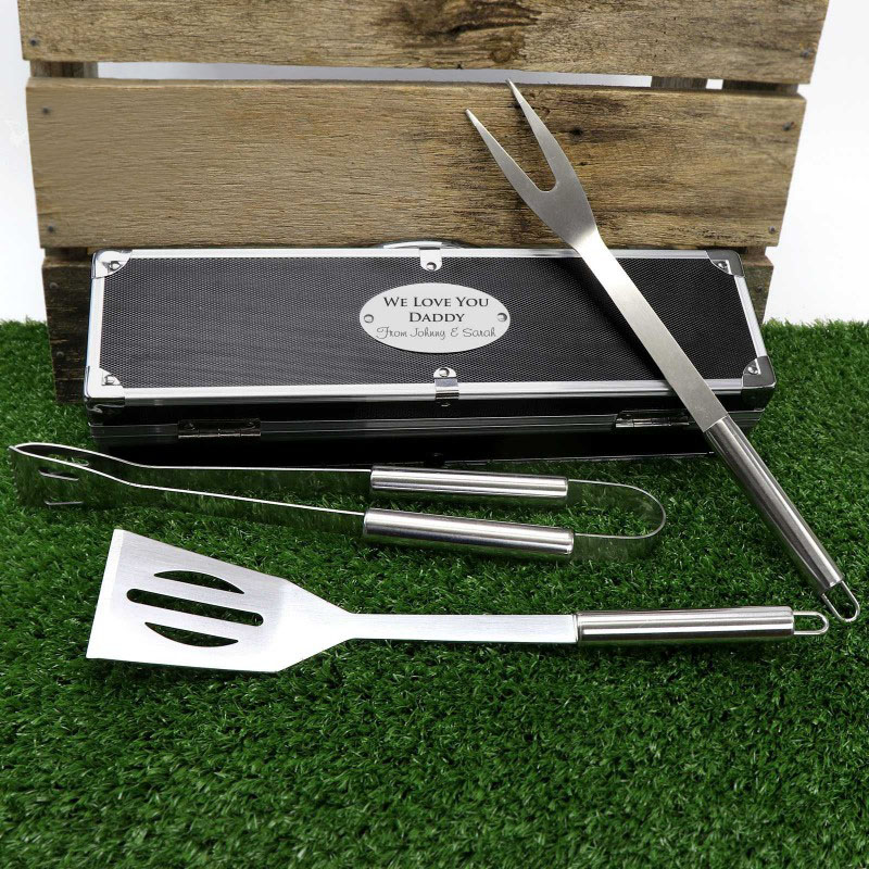 engraved-fathers-day-bbq-utensil-set-personalised.jpg